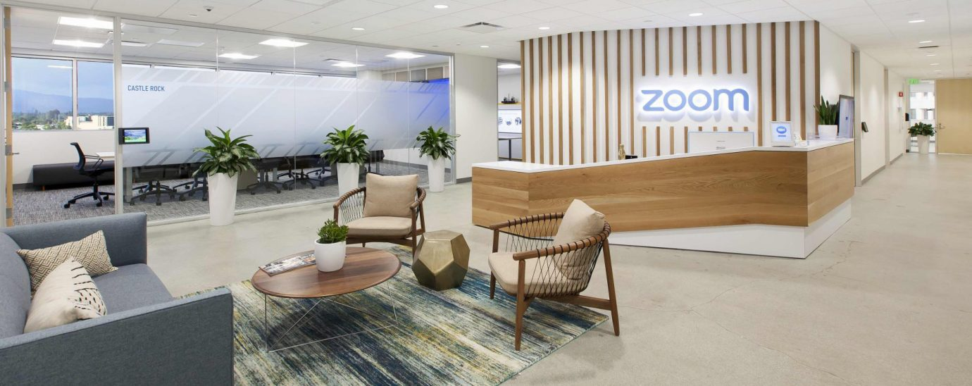 Zoom has announced that it is preparing for a hybrid approach to return to the workplace, strategically mixing remote and in-office work.